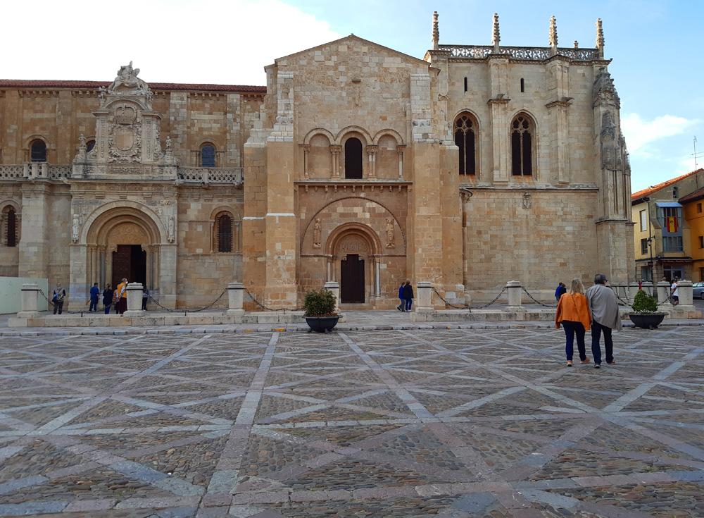 Basílica de San Isidoro, Leon