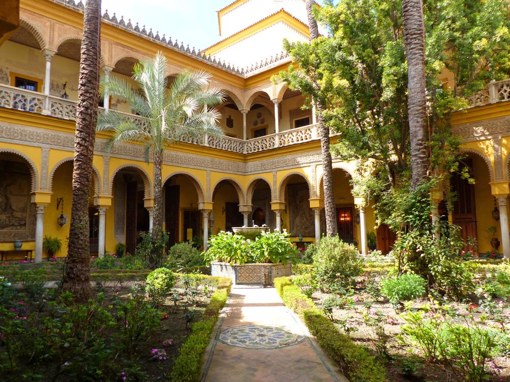 Palacio de las Dueñas – one of Seville's most beautiful palaces