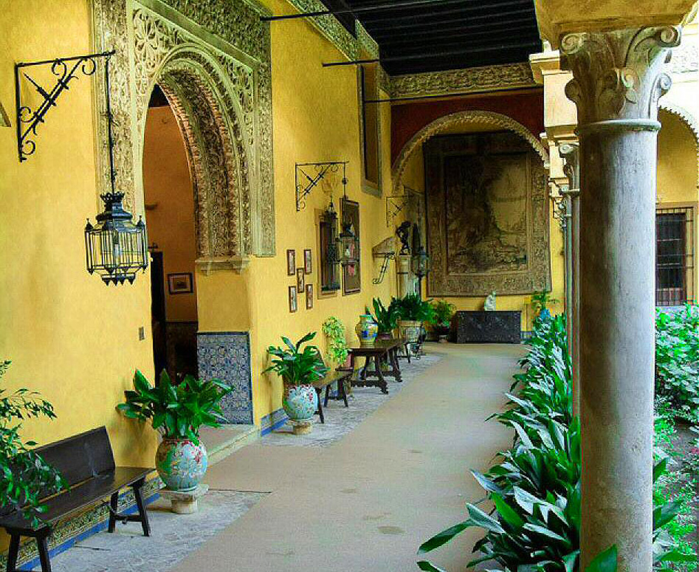Palacio de las Dueñas, Seville