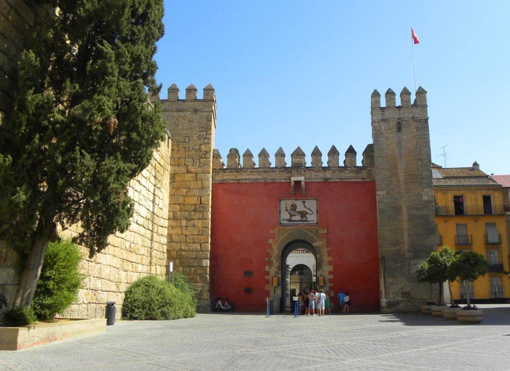 Main entrance to the Real Alcazar